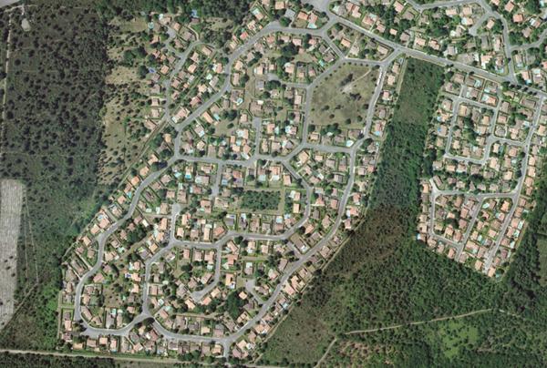 Lotissement vu du ciel et son extension envisagée sur la forêt, Martignas-sur-Jalle (33)